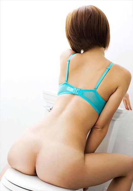 結構可愛い女がTバックでエロい尻してる画像下さい[35枚] | おっぱい画像とエロメガネ | エロ画像,お尻,デカ尻,下着,Tバック