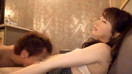 女の子が勃起チンコ舐めまわすハメ撮りシーンの観賞会はコチラww[25枚] | ギャルル | エロ画像,乳首,乳首攻め,おっぱい,素人,フェラチオ,手コキ,ハメ撮り