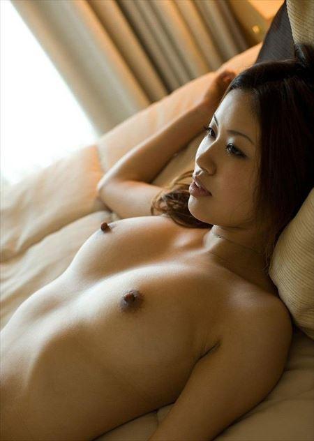 乳首使い込んで黒くなった女がエロい事してる画像、勃起まで6秒ですわ[31枚] | ギャルル | エロ画像,色素沈着,乳首,エロ撮影