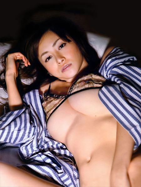 色っぽい美人さんのセクシー柔らかオッパイ画像をうp[38枚] | ギャルル | エロ画像,おっぱい,巨乳,エロ撮影