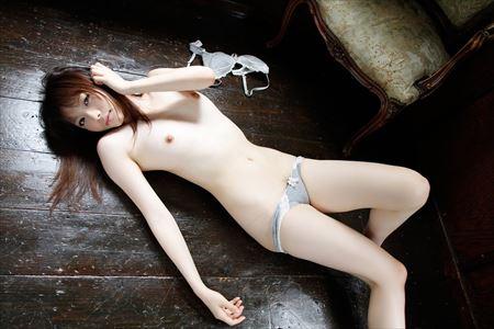 ちっぱい美乳女の子がHなトコ出してる画像でシコろうか[44枚] | ギャルル | エロ画像,おっぱい,貧乳微乳,美乳