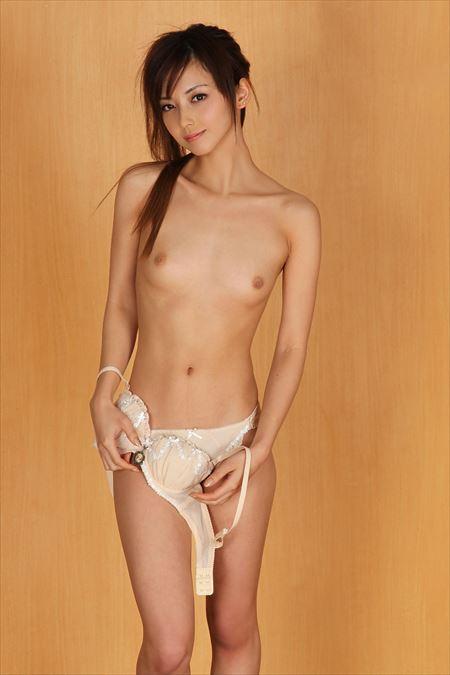 控え目おっぱいお姉さんがHな事してる画像下さい[44枚] | エロコスプレ画像堂 | エロ画像,おっぱい,貧乳微乳,美乳