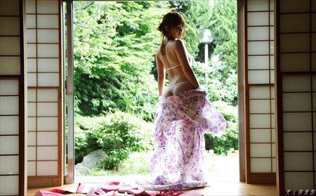 美人さんがTバックで淫乱ボディを見せてくれる画像がアツい![42枚]   ギャルル   エロ画像,下着,Tバック,エロ撮影