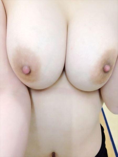 Eカップ巨乳のプリップリおっぱいの素人美人さんがSEXYになった画像って、結構ヌケるんだよな[47枚] | ギャルル | エロ画像,おっぱい,巨乳,おっぱい,素人