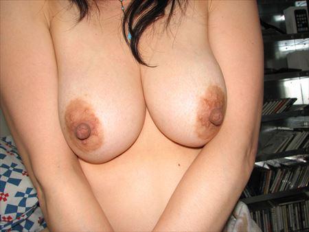 大小様々な乳首の美人さんがHな事してる画像をご覧ください[38枚] | エロコスプレ画像堂 | エロ画像,乳首,エロ撮影