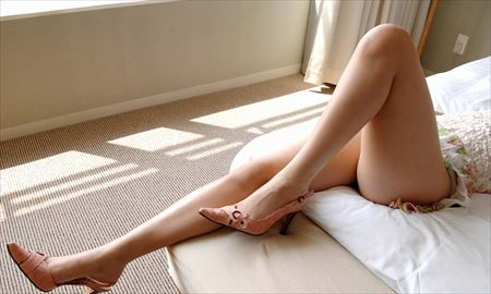 女の子が太もも丸出しでエロポーズしてる画像をじっくり楽しむスレ[34枚] | エロコスプレ画像堂 | エロ画像,太もも,脚フェチ,美脚