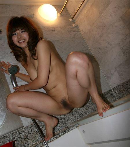いい感じの美人さんが脚を開いてアソコ丸見せ画像って、なんでこんなエロいんだ?[50枚] | エロコスプレ画像堂 | エロ画像,くぱぁ,マンコ