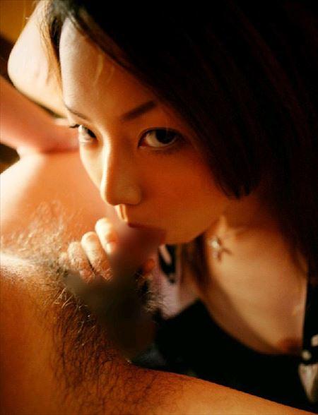 色っぽい女の子が勃起したチンコをフェラする画像がアツい![32枚] | ギャルル | エロ画像,フェラチオ