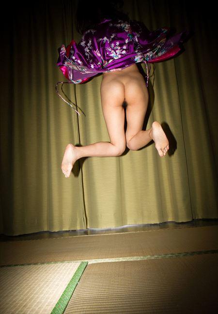 結構可愛い女の子が極上Tバックでエロい姿になった画像、勃起まで6秒ですわ[26枚] | Tバック好きのお尻フェチ画像ブログ | エロ画像,お尻,デカ尻,下着,Tバック,エロ撮影