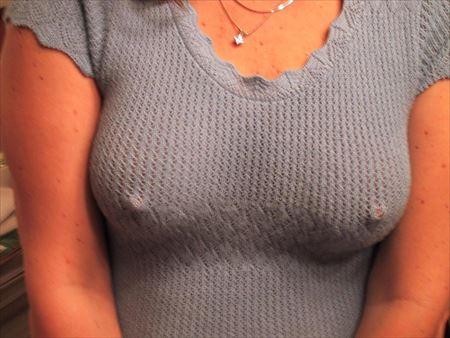 エッチな美人がノーブラで乳首ぽっちしてる画像の観賞会はコチラww[25枚] | エロコスプレ画像堂 | エロ画像,乳首,チラリズム,ノーブラ,着エロ