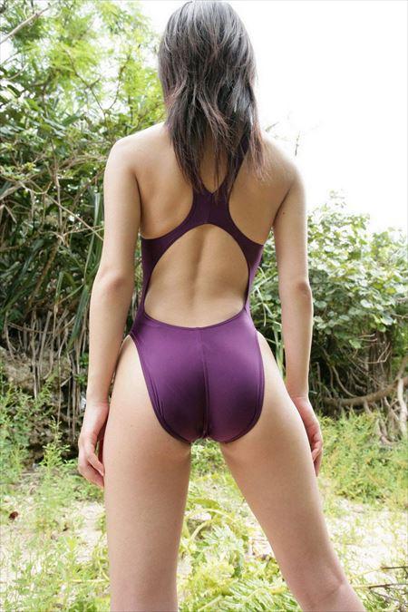 色っぽい美女がお尻に下着を食い込ませちゃった画像まとめ[43枚] | ギャルル | エロ画像,脱ぎかけ,着エロ,下着フェチ,水着