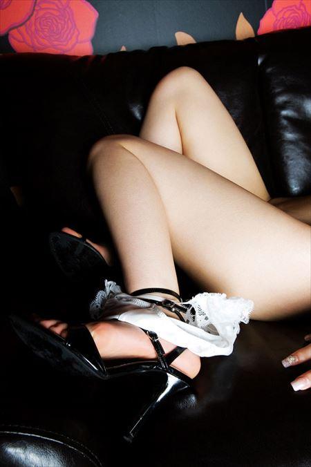 結構可愛いギャルがお尻を突き出してる画像って、結構ヌケるんだよな[35枚] | ギャルル | エロ画像,お尻,デカ尻,太もも,脚フェチ,美脚