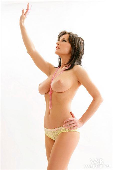 外人美女がヌードになった画像のエロさは尋常じゃない[30枚] | エロコスプレ画像堂 | エロ画像,外国人,エロ撮影,ヌード