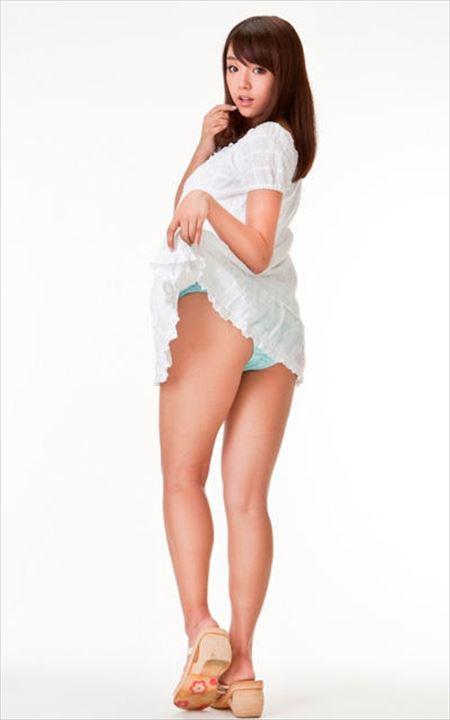 女の子がエロい脚のラインを強調してる画像を眺めようジャマイカ[31枚] | ギャルル | エロ画像,太もも,脚フェチ,美脚