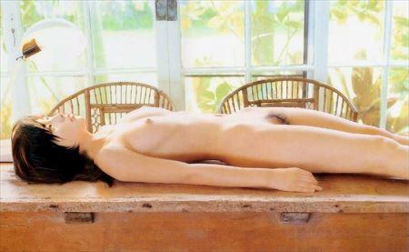 美乳とか貧乳女の子が淫乱ボディを見せてくれる画像をじっくり楽しむスレ[32枚] | ギャルル | エロ画像,おっぱい,貧乳微乳,美乳,エロ撮影