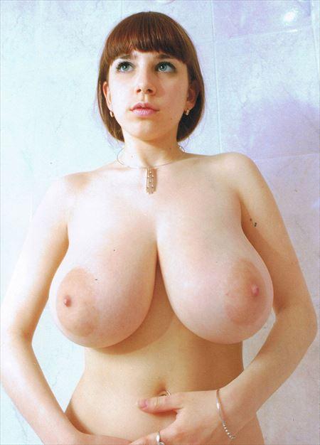 Eカップ巨乳のふっくらおっぱいの美女がエロくなってる画像の観賞会はコチラww[37枚] | ギャルル | エロ画像,おっぱい,巨乳,おっぱい,エロ撮影