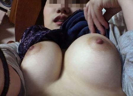 巨乳の美女がエロい事してる画像、どれが一番抜ける?[47枚] | ギャルル | エロ画像,おっぱい,巨乳,エロ撮影