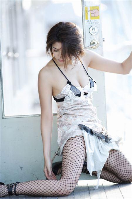 網タイツ美女が卑猥なポーズしてる画像、一番エロいのはコレ[33枚] | エロコスプレ画像堂 | エロ画像,網タイツ,コスプレ,太もも,脚フェチ,美脚