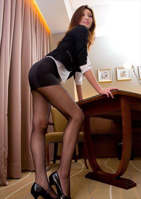 エッチなギャルがエロい美脚を見せてくれる画像で抜いてみた[42枚] | エロコスプレ画像堂 | エロ画像,太もも,脚フェチ,美脚