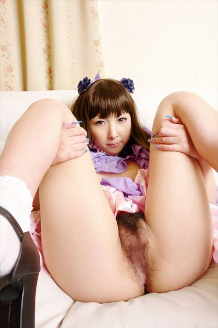 可愛い女の子が自分から脚を広げておねだりしてる画像のエロさは尋常じゃない[33枚] | Tバック好きのお尻フェチ画像ブログ | エロ画像,くぱぁ,マンコ
