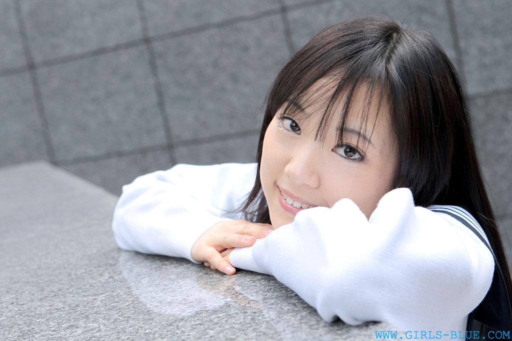 可愛いの女子校生が精子を子宮に流し込まれてる中出したい画像