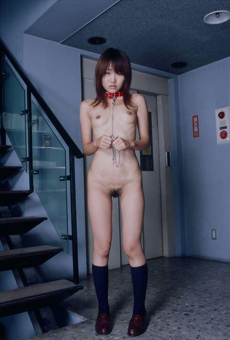 首輪つけてる女の子がSM調教されてる画像が勃起不可避ww[33枚] | エロコスプレ画像堂 | エロ画像,首輪,性奴隷,SMプレイ,SMプレイ,調教
