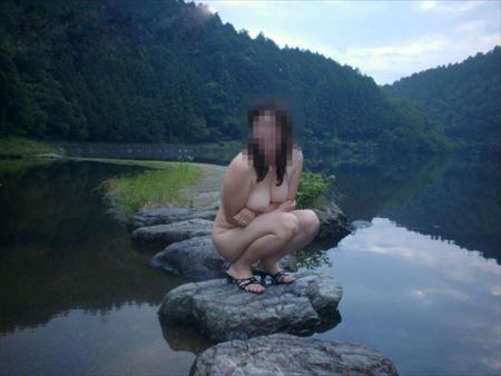 いい感じの女の子が観光地や名所でヘンタイ露出してる画像、どれが一番抜ける?[42枚] | おっぱい画像とエロメガネ | エロ画像,野外露出,素人,エロ撮影,露出プレイ