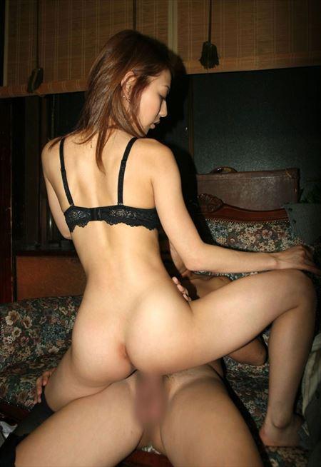 結構可愛い美女が男にまたがり快感をむさぼってる画像をどうぞ[33枚] | ギャルル | エロ画像,騎乗位