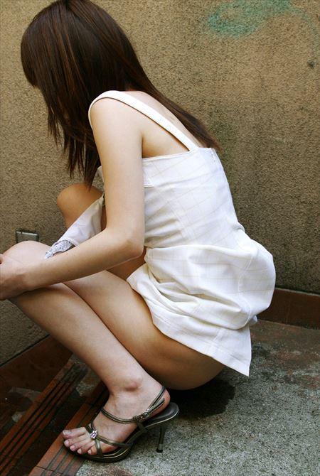 女の子がミニスカでお尻を突き出してる画像のお気入りをうp[40枚] | エロコスプレ画像堂 | エロ画像,お尻,デカ尻,ミニスカート,脚フェチ,太もも,エロ撮影