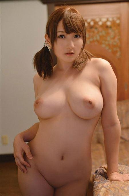 胸も尻もはちきれそうな美女がオトナの悪戯してくれる画像って、なんでこんなエロいんだ?[43枚] | おっぱい画像とエロメガネ | エロ画像,ムチムチ,ぽっちゃり,巨乳