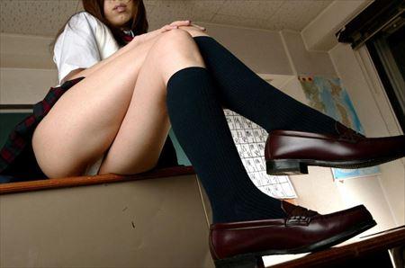 ムッチリ具合が最高な高校生がミニスカートミニスカ制服でエロい美脚とか太もも晒してる画像、勃起まで6秒ですわ[37枚] | エロコスプレ画像堂 | エロ画像,ムチムチ,ぽっちゃり,巨乳,JK女子高生,コスプレ,ミニスカート,脚フェチ,太もも,制服,JK女子高生,コスプレ,太もも,脚フェチ,美脚