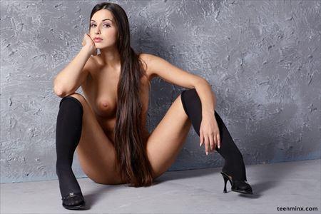 綺麗な長い髪の女の子がHなトコ出してる画像でオナろうぜ![34枚] | ギャルル | エロ画像,ロングヘア
