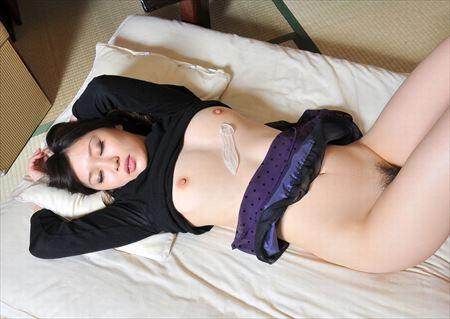 可愛い美女がSEX後のゴムと精液持ってる画像がマジエロ過ぎ[39枚] | ギャルル | エロ画像,エロ撮影,セックス直前・直後,事後,コンドーム,射精,ぶっかけ