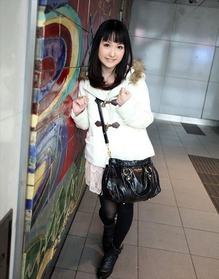 前髪ぱっつんお姫様カットのお姉さんがHな事してる画像下さい[36枚] | ギャルル | エロ画像,前髪ぱっつん