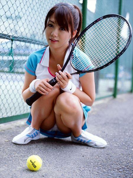 結構可愛い女の子がテニスウェアで誘惑してくる画像を今晩のオカズにww[24枚] | ギャルル | エロ画像,コスプレ,部活エロ,スポーツエロ,隠し撮り