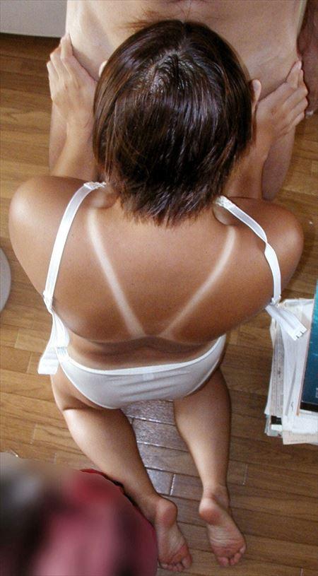 日焼けで水着のあとが分かるお姉さんがエッチな事してる画像祭はココです[33枚] | おっぱい画像とエロメガネ | エロ画像,日焼け,水着