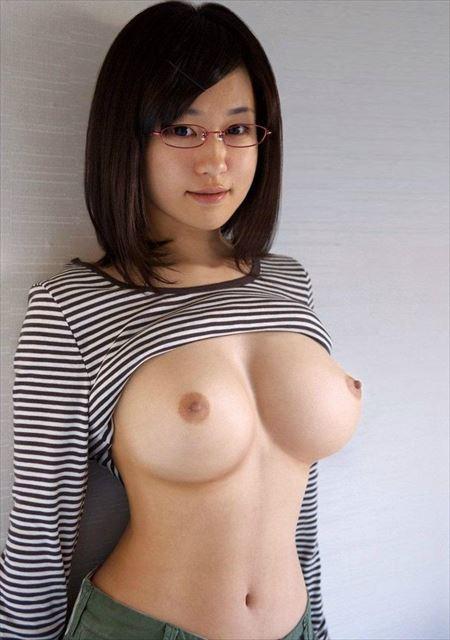 パフパフ美乳のメガネお姉さんがエッチなおねだりしてる画像が即ヌキ確実ww[34枚] | Tバック好きのお尻フェチ画像ブログ | エロ画像,おっぱい,メガネっ子,メガネ