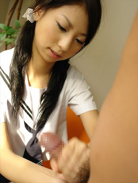 女の子が手コキしてる画像のお気入りをうp[33枚] | ギャルル | エロ画像,手コキ