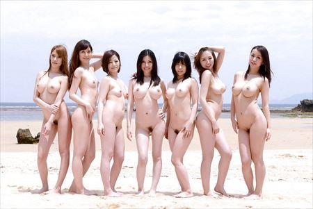 ギャルが全裸でHになってる画像がアツい![37枚] | エロコスプレ画像堂 | エロ画像,フルヌード