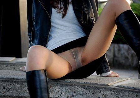 女の子がストッキングでスカートの中ノーパンになってる画像を今晩のオカズにww[27枚] | エロコスプレ画像堂 | エロ画像,ストッキング,脚フェチ,太もも,ノーパン,露出プレイ