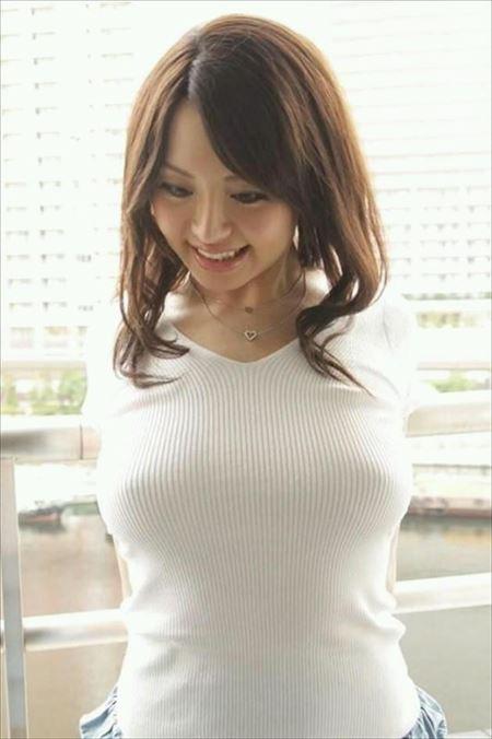 Fカップ巨乳の美人が着衣でエッチな姿になった画像って、結構ヌケるんだよな[46枚] | エロコスプレ画像堂 | エロ画像,おっぱい,巨乳,着衣SEX,着エロ,エロ撮影