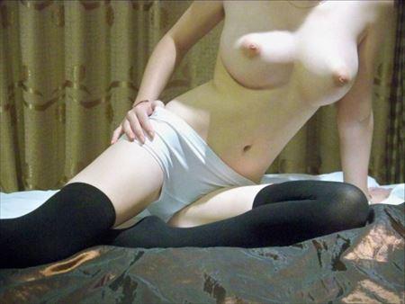 美人さんがニーソでSEXYな太もも出してる画像で抜いてみた[39枚] | ギャルル | エロ画像,ニーソ,太もも,脚フェチ,美脚