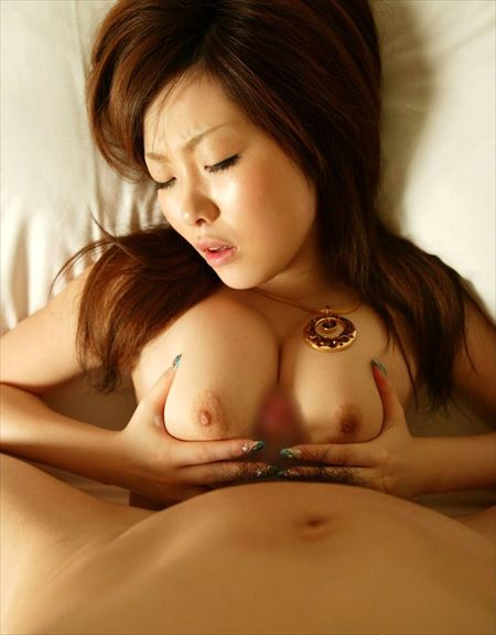 女の子がパイズリしてくれる画像下さい[34枚] | ギャルル | エロ画像,パイズリ,巨乳,おっぱい
