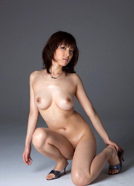 綺麗な長い髪の美人さんが全裸でエロエロになってる画像で、特にエロいの集めました[38枚] | ギャルル | エロ画像,ロングヘア,フルヌード