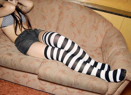 色っぽい美少女がニーソでエッチなおねだりしてる画像の破壊力高すぎwwww[40枚] | おっぱい画像とエロメガネ | エロ画像,美少女,疑似ロリ,ニーソ