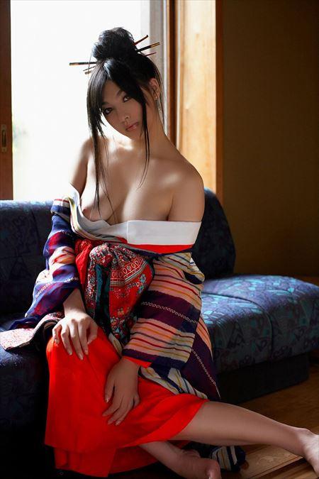 エロいカラダしたお姉さんが着物でエロい事してる画像、俺氏が3回抜いたのがコチラ[35枚] | ギャルル | エロ画像,浴衣,和装着物