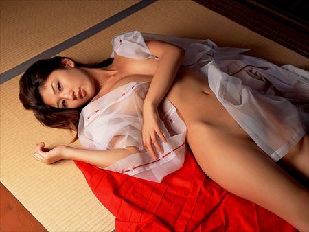 色気のあるお姉さんが着物巫女着物で淫乱になった画像が最高にアツい[35枚] | ギャルル | エロ画像,浴衣,和装着物