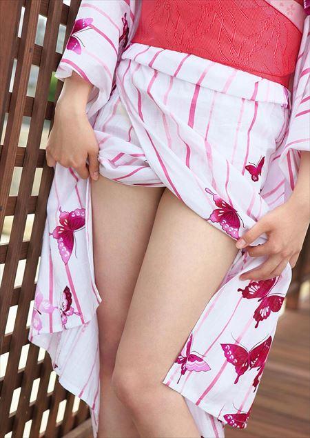 可愛い美女が浴衣で淫乱になった画像のエロさは最強[38枚] | ギャルル | エロ画像,浴衣,和装着物