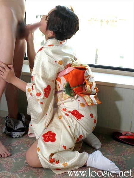 エッチ好きそうなお姉さんが浴衣和服・着物でHな感じになってる画像で、まったりシコシコ[38枚] | おっぱい画像とエロメガネ | エロ画像,浴衣,和装着物