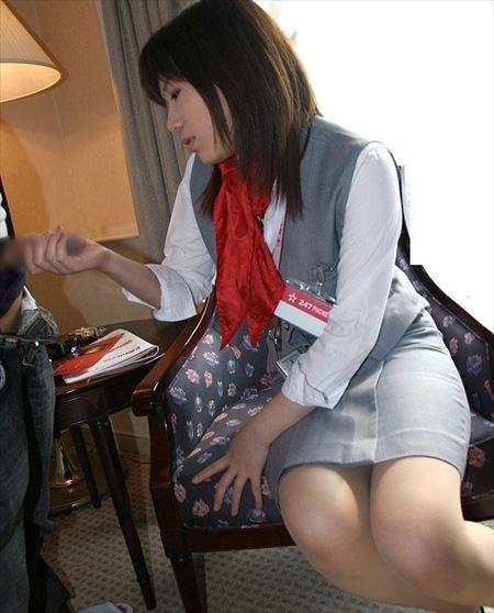 いい感じのお姉さんが嬉しそうに手コキしる画像で抜いてみた[35枚] | おっぱい画像とエロメガネ | エロ画像,手コキ